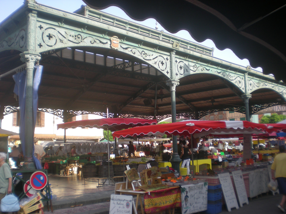 mirepoix - covered market